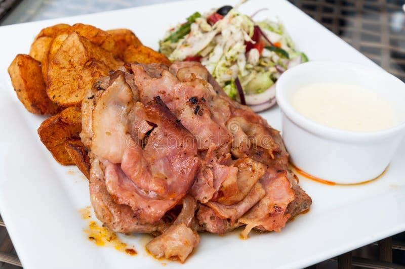 Piatto del piatto della carne di maiale immagine stock