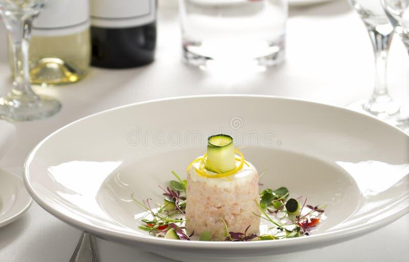 Piatto gastronomico del gamberetto in ristorante fotografia stock libera da diritti