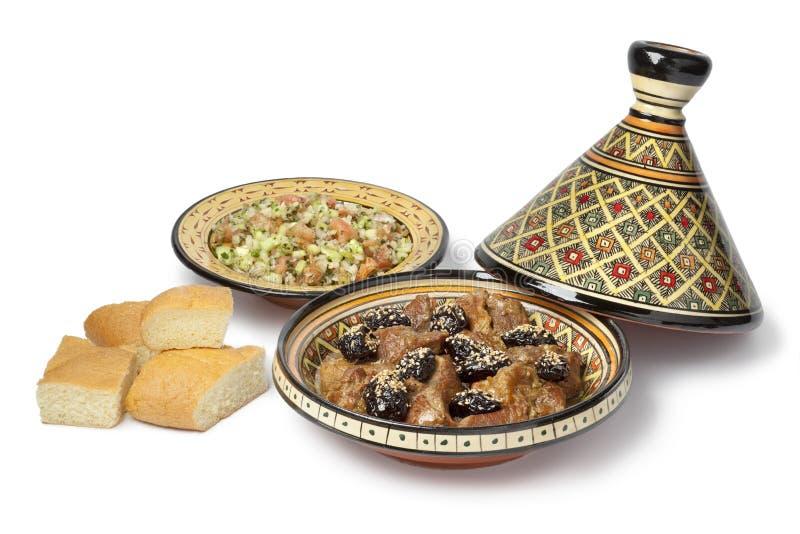 Piatto marocchino con carne e le prugne fotografie stock