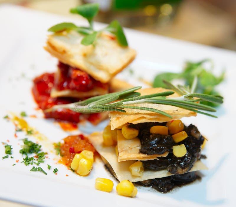 Piatto messicano di cucina di nuovo stile fotografia stock libera da diritti