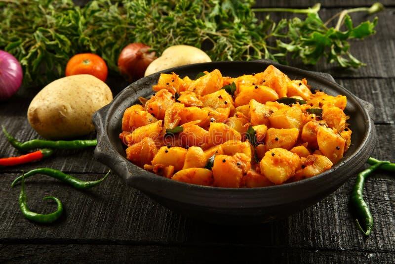 Piatto vegetariano del curry della patata dell'alimento immagine stock libera da diritti