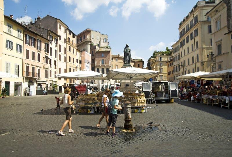 Piazza Campo de Fiori fotografering för bildbyråer