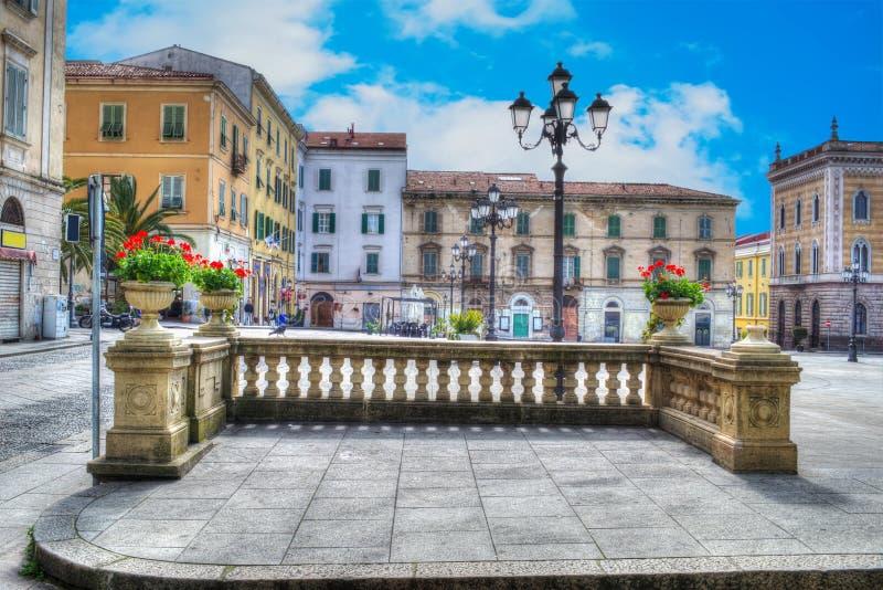 Download Piazza d'Italiavierkant stock afbeelding. Afbeelding bestaande uit palm - 54082989