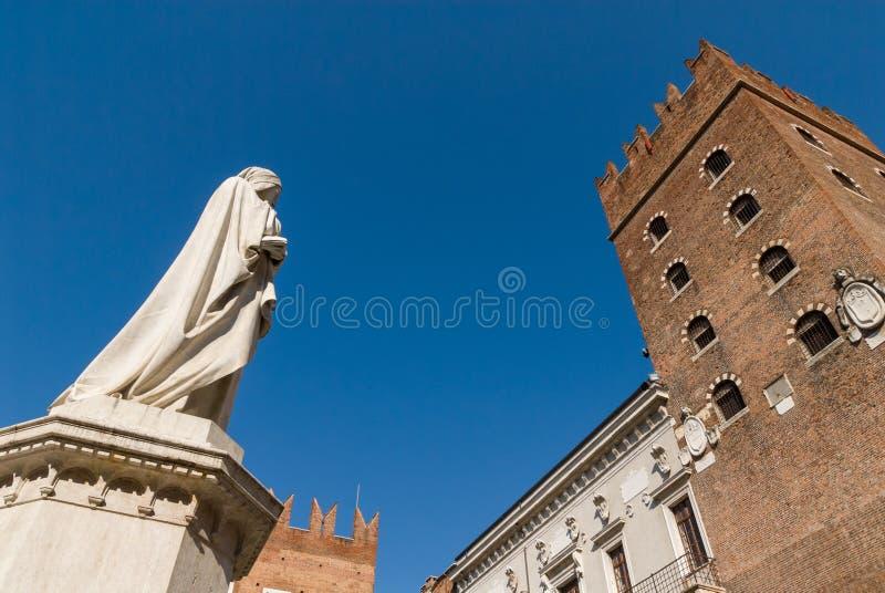 Piazza Dante stock foto's