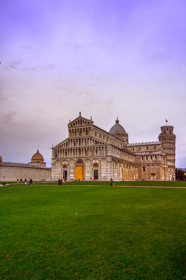 Download Piazza dei miracoli pisa editorial stock image. Image of italy - 26630544