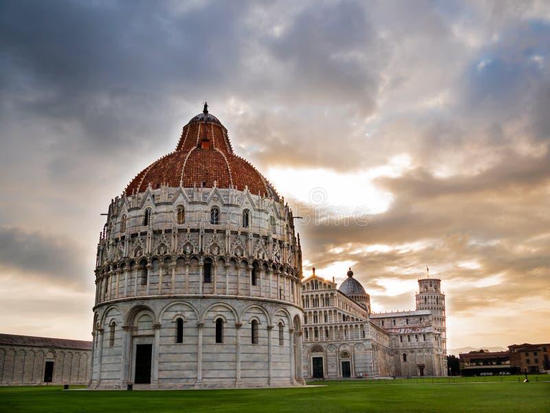 Piazza dei Miracoli, Pisa stock afbeeldingen