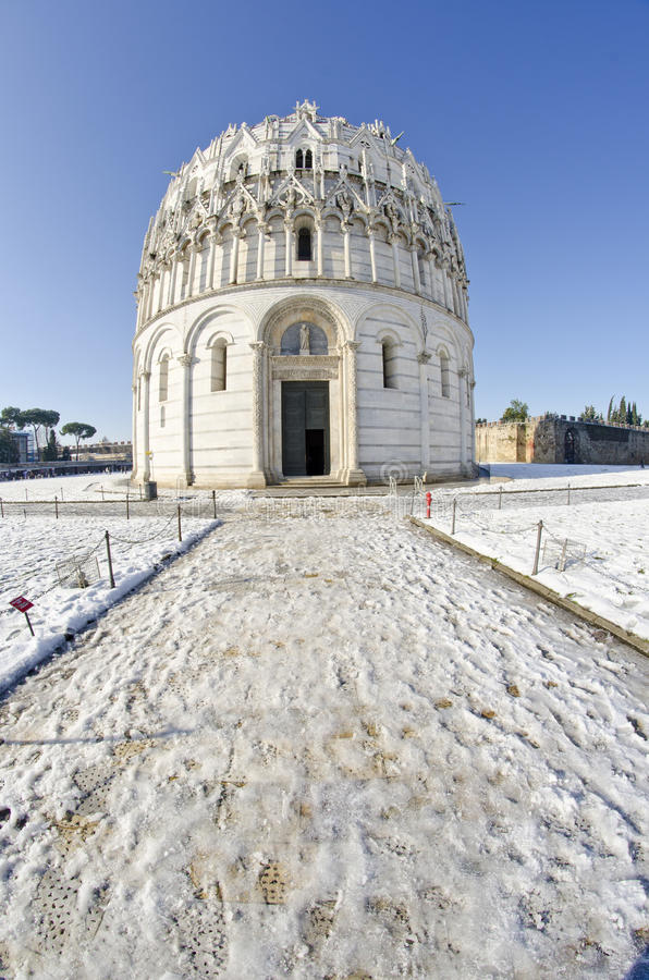 Download Piazza Dei Miracoli In Pisa After A Snowstorm Stock Photo - Image: 17908930