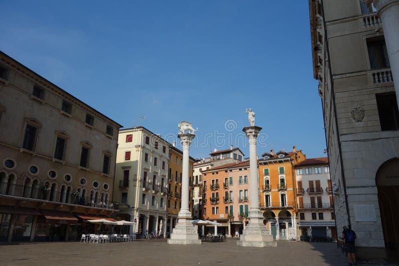 Piazza dei Signori met colums royalty-vrije stock afbeeldingen