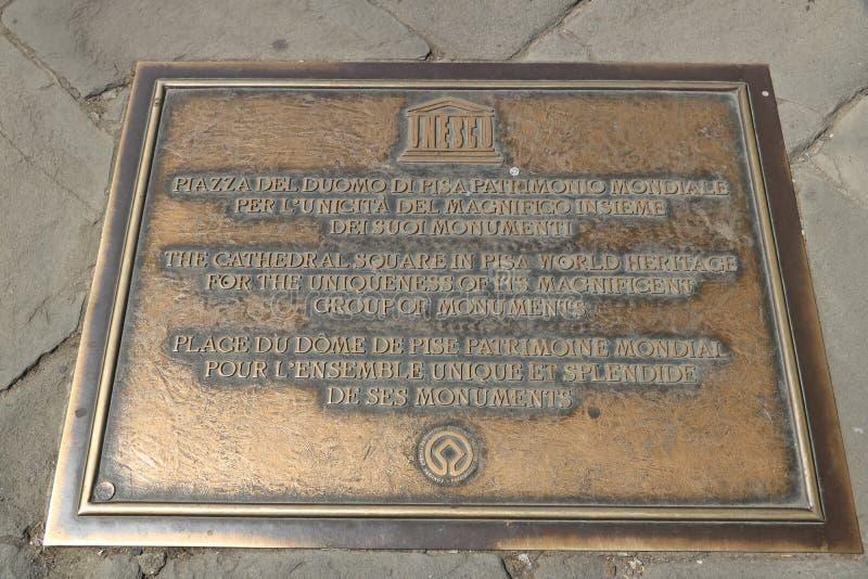 Piazza deimiracoli van Pisa Nummerplaat van de Unesco-plaats C stock fotografie