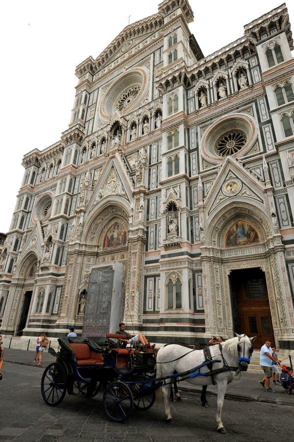 Piazza del Duomo在佛罗伦萨市,意大利 免版税库存照片