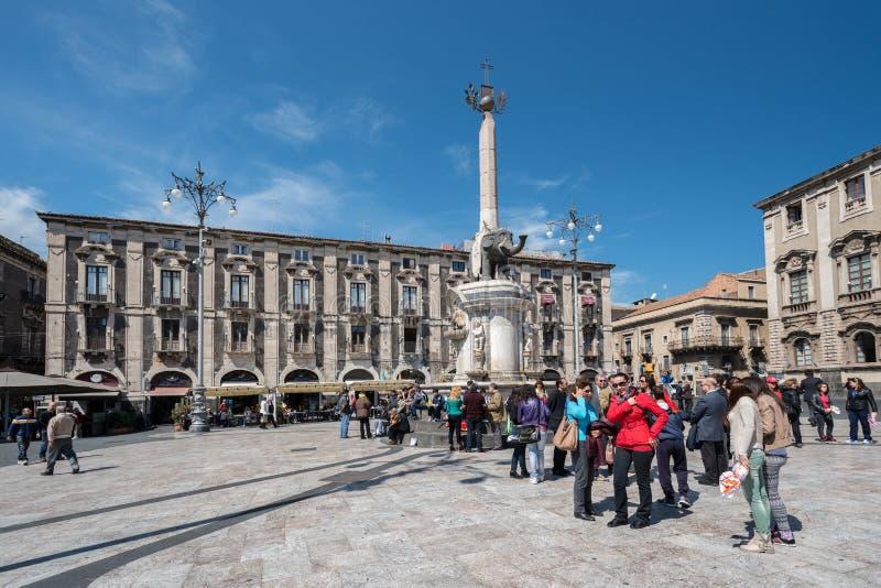 Piazza del Duomo在卡塔尼亚意大利 免版税库存图片
