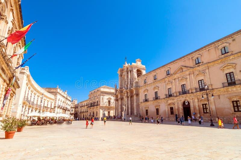 Piazza del Duomo en Ortigia, Syracuse, Italia fotos de archivo libres de regalías