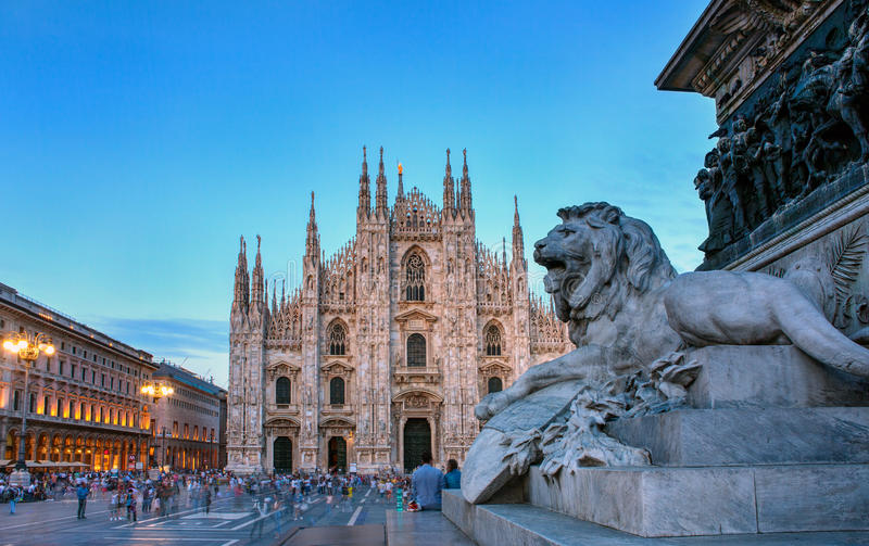 Piazza Del Duomo, Mediolan fotografia stock