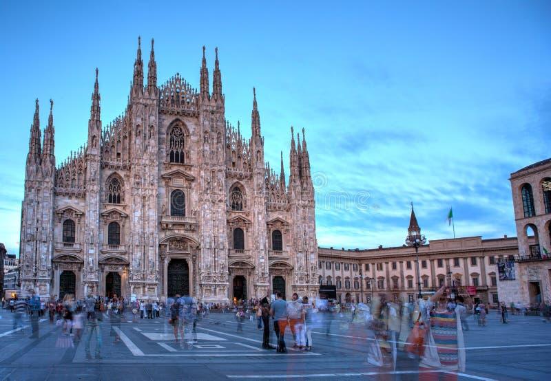 Piazza del Duomo, Milán imagen de archivo libre de regalías