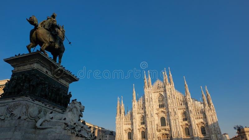 Piazza del Duomo, Milán foto de archivo