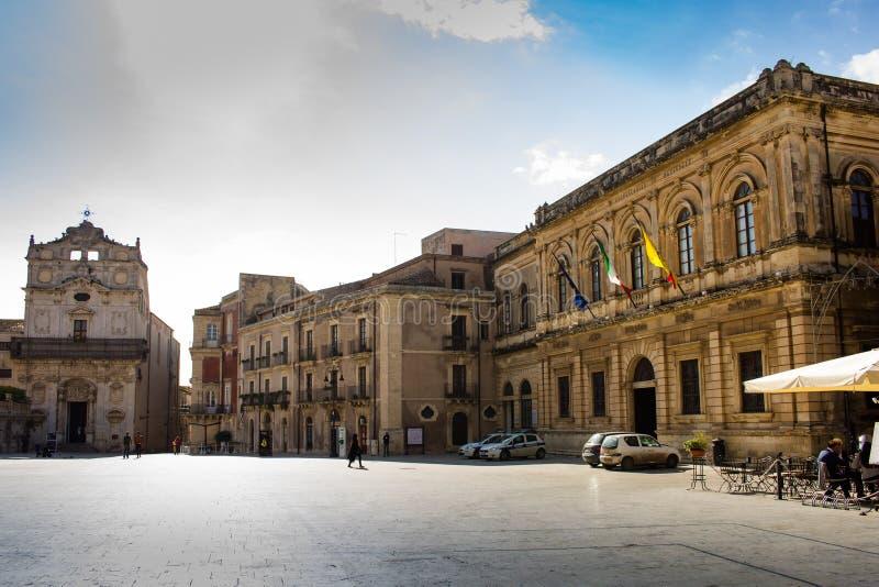 Piazza del Duomo, Ortygia-eiland, Syracuse, Italië stock afbeelding