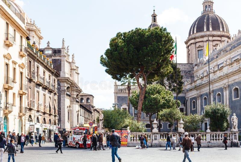 Piazza Del Duomo und St. Agatha Cathedral, Catania stockfoto