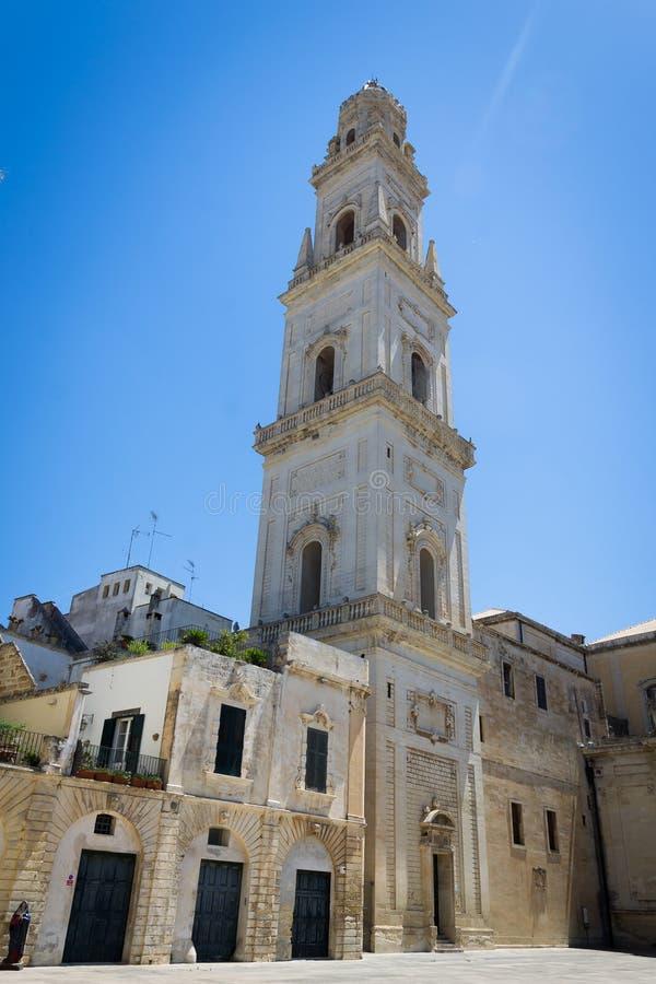 Piazza del Duomo vierkant, het gebied van Puglia, zuidelijk Italië stock fotografie