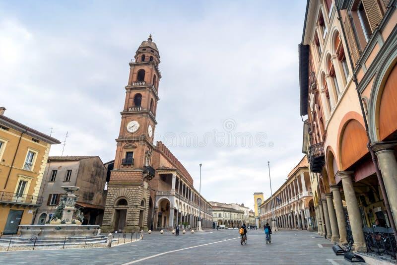 Piazza Del Popolo in Faenza, Italien lizenzfreie stockbilder