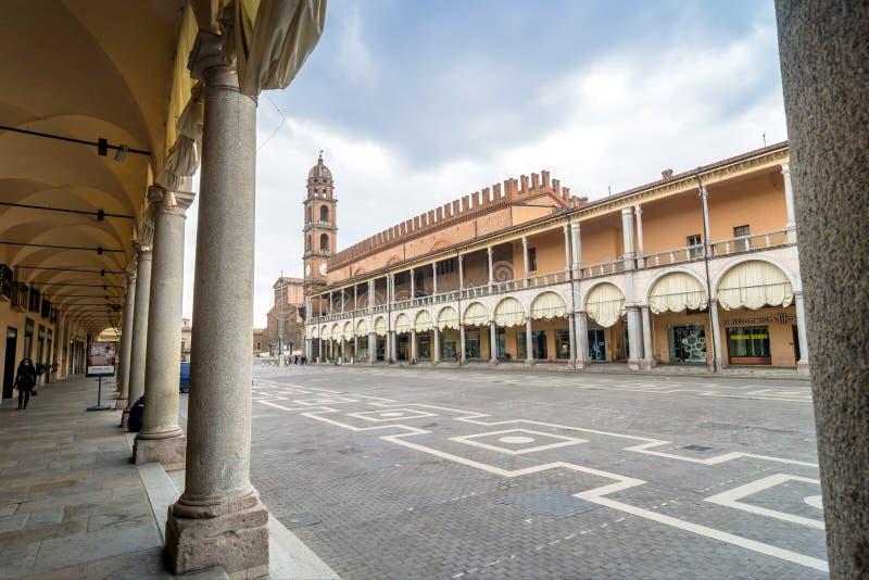 Piazza Del Popolo w Faenza, Włochy zdjęcie stock