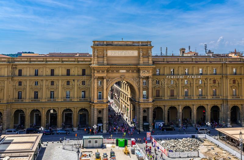 Piazza della Repubblica van hierboven stock afbeeldingen