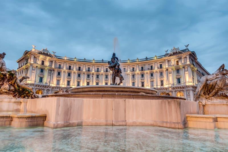 Piazza della Repubblica w Rzym, Włochy obraz stock