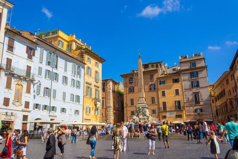 Piazza della Rotonda fontain and obelisk Rome Włochy obraz royalty free