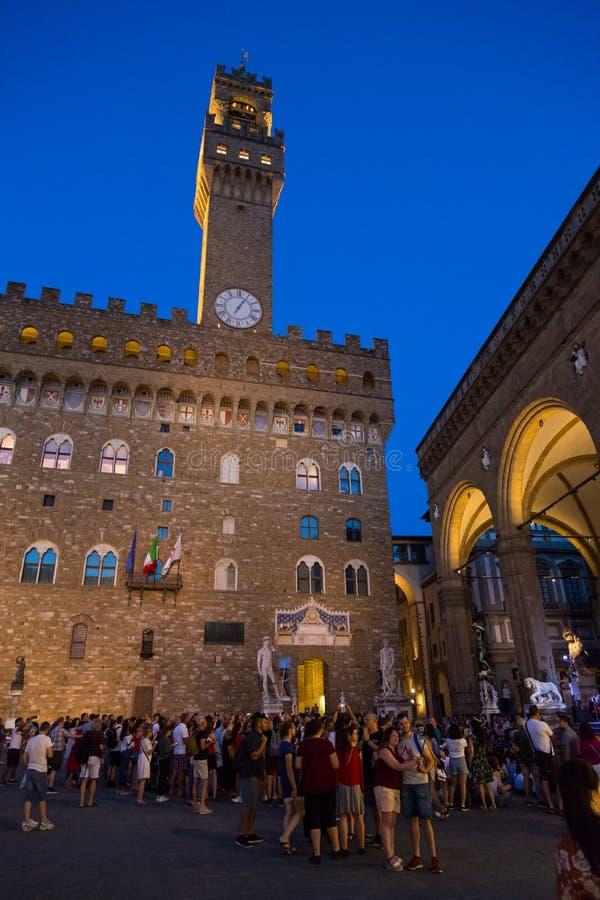 Piazza della Signoria Сердце общественной жизни в фонтане древней Флоренции Нептун, семье Ланци Balcony, Cosimo I `de Medici` стоковые фото