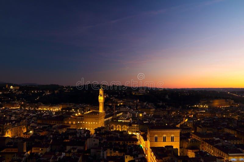 Piazza Della Signoria på natten arkivfoton