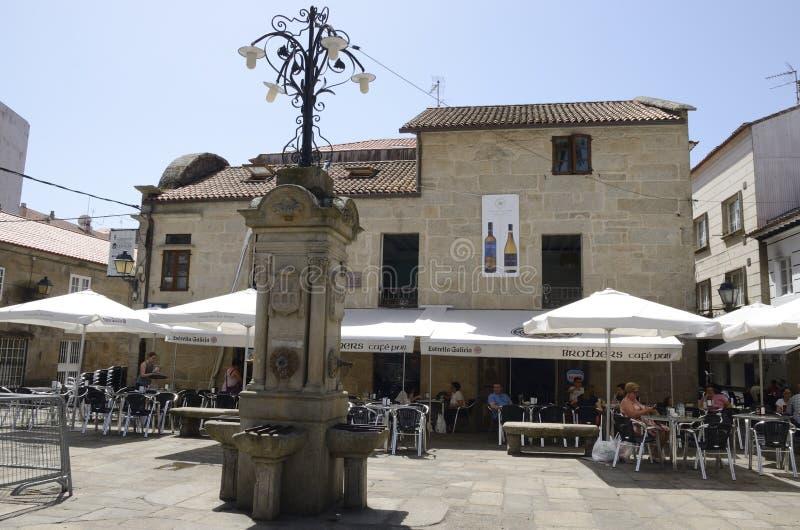 Piazza in der alten Stadt stockbild