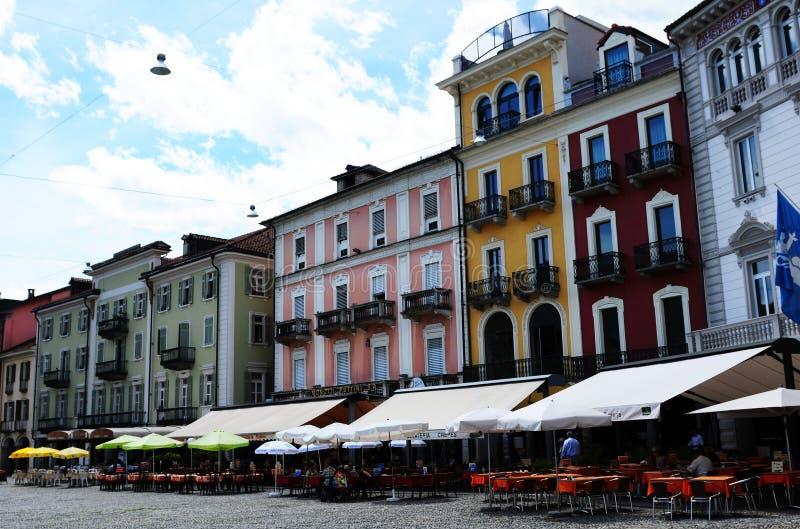 Piazza Grande en Locarno en donde ocurre el festival de cine imágenes de archivo libres de regalías