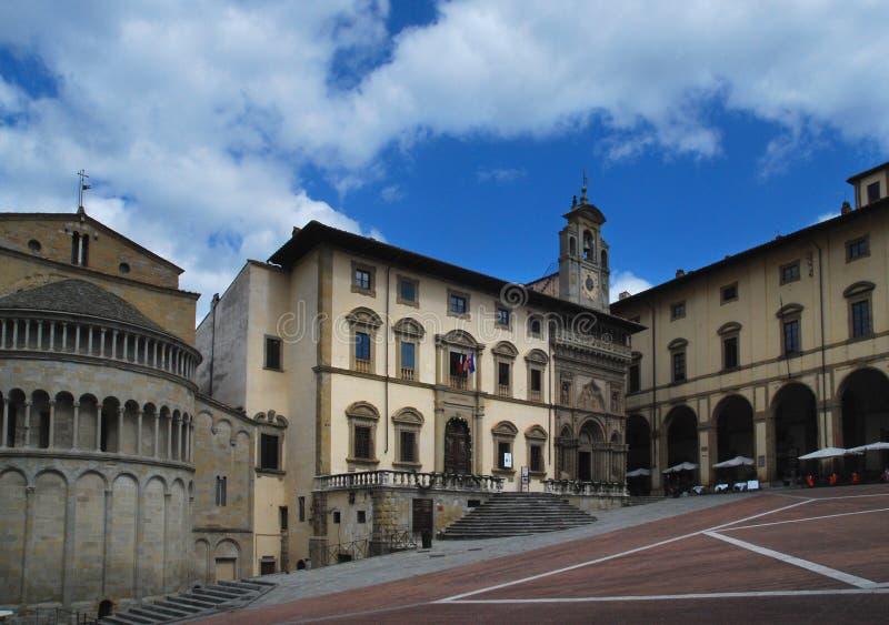 Piazza Grande il quadrato principale della città toscana di Arezzo, Italia immagine stock libera da diritti