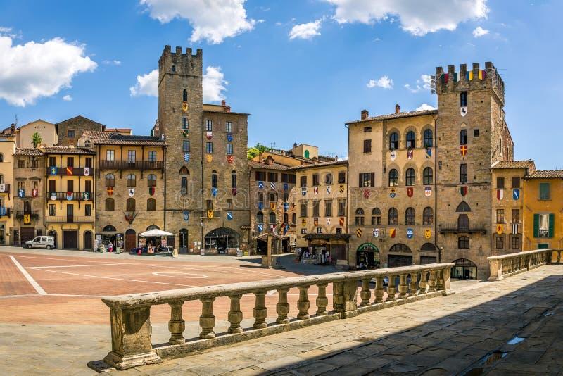 Piazza Grande la place principale de la ville toscane d'Arezzo, Italie photos libres de droits