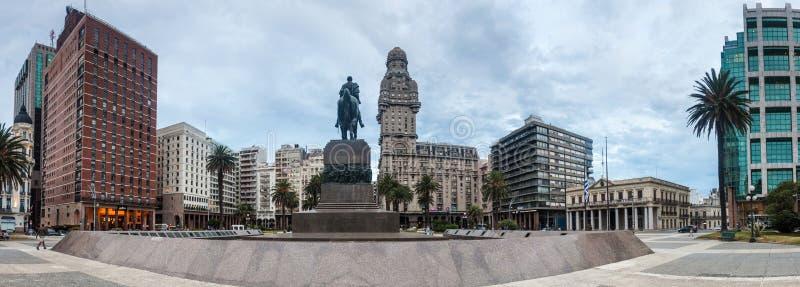 Piazza Independecia-Quadrat in der Mitte von Montevideo stockfoto