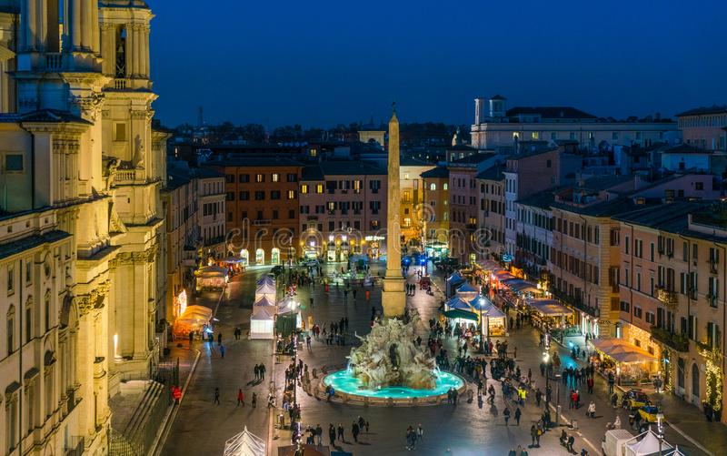 Piazza Navona à Rome pendant le temps de Noël images stock