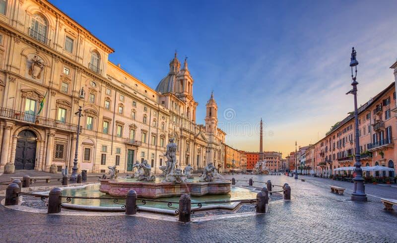 Piazza Navona di mattina. Roma. L'Italia. fotografia stock libera da diritti
