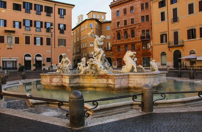 Piazza Navona, fontana di Nettuno a Roma, Italia fotografia stock libera da diritti