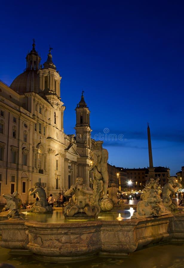 Piazza Navona på natten royaltyfri fotografi