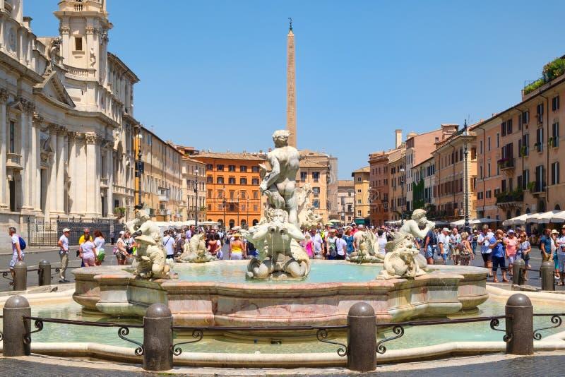 Piazza Navona in Rome op een mooie de zomerdag royalty-vrije stock foto