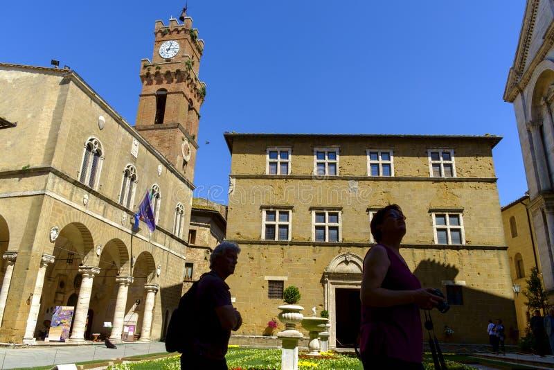 Piazza Pio II kwadrat w Pienza Tuscany obrazy royalty free