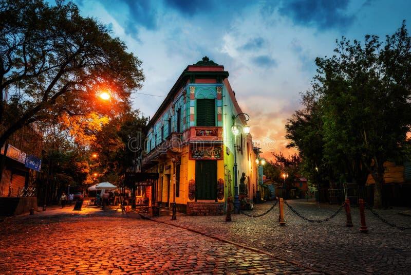 Piazza pubblica in La Boca, Buenos Aires, Argentina Preso durante fotografie stock libere da diritti