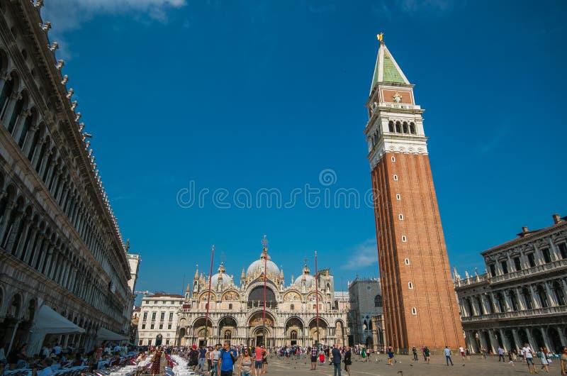 Piazza San Marco met de Basiliek royalty-vrije stock fotografie