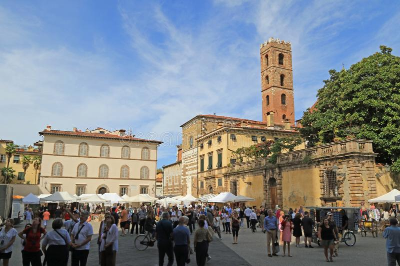 Piazza San Martino, Lucca. Piazza San Martino with the Sunday Market of antiques and bric a brac, Lucca stock image