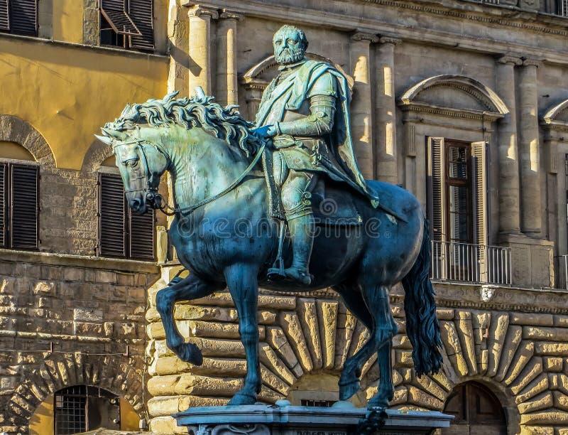 Piazza Signoria - Cosimo Medici Equestrian Statue fotografia stock