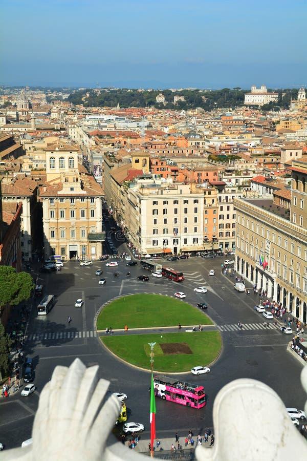 Piazza Venezia ένας από τους πιο πολυσύχναστους κυκλικούς κόμβους Romes στοκ φωτογραφία