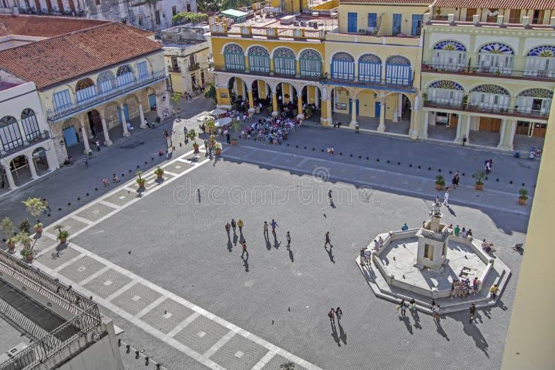 Piazza Vieja in Havana, Kuba lizenzfreies stockbild