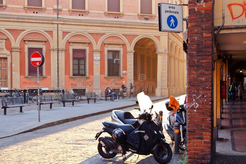 Download Piazza Vittorio Puntoni In Bologna Editorial Stock Photo - Image: 27996628
