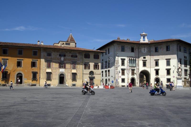 Piazzadei Cavalieri i Pisa, Italien fotografering för bildbyråer