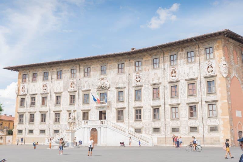 Piazzadei Cavalieri i Pisa arkivbilder