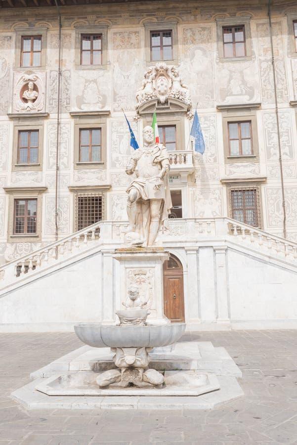 Piazzadei Cavalieri i Pisa fotografering för bildbyråer